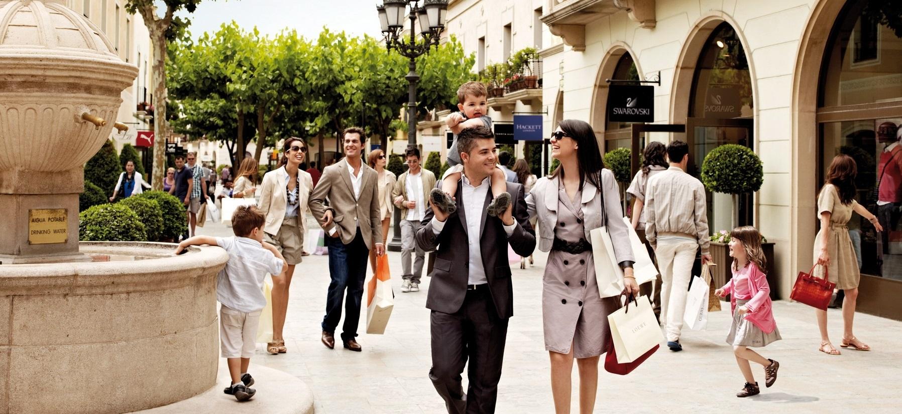 51a1ead6f37 la roca village best shopping places spots in barcelona mall malls center  top shop shops